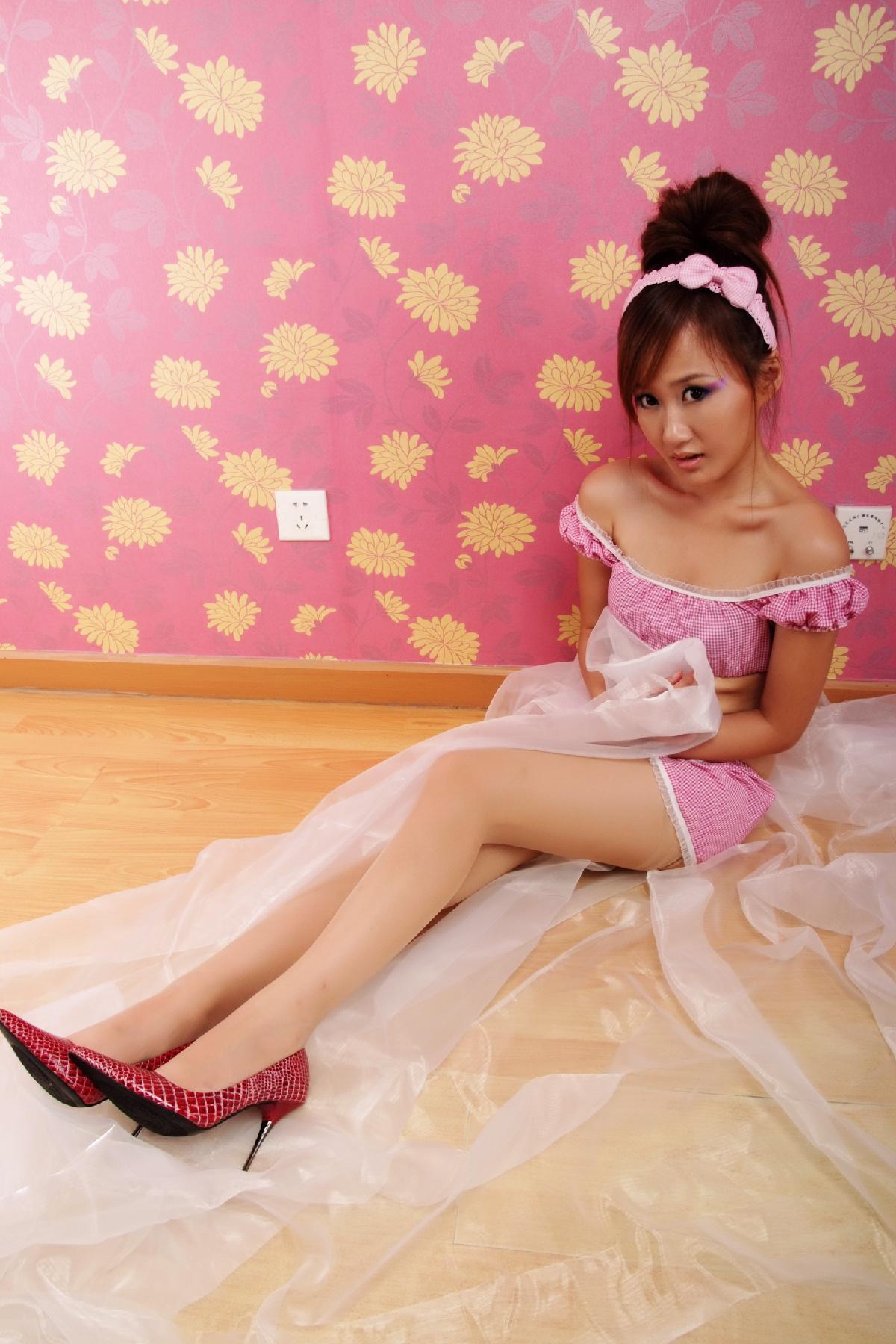 粉红色饕餮美女大餐来啦!
