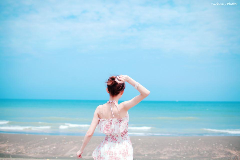 海边清新美女 张