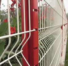 花园铁丝网围墙