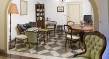 德波卡帕拉索科里比莎丽尼酒店