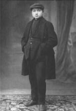 邓小平同志在法国勤工俭学时期的留影