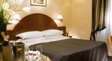 拉菲尼奇酒店