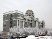 雪中的太原科大