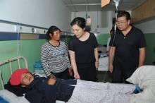 陈青在宕昌检查指导地震灾情