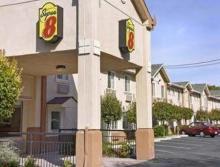 圣何塞速8酒店