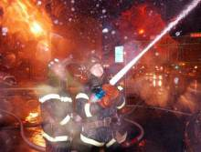 11·5吉林市商业大厦火灾现场图片