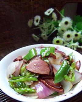 中文名瘤子尖椒炒腊肉英文名stir-friedsmokedporkonion&洋葱鱼身上长草鱼图片