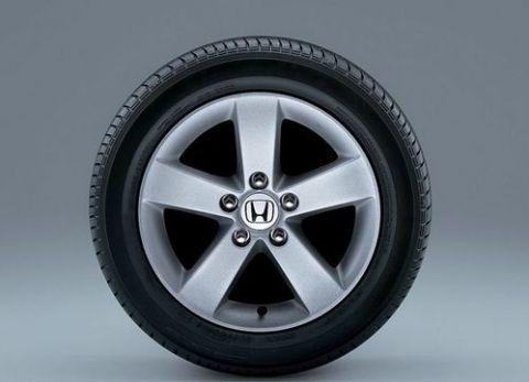 气压,不同花纹,不同规格的轮胎不能用在同一个车上图片