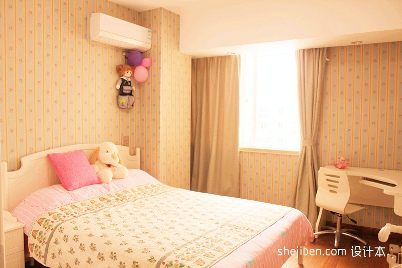 13现代风格三室一厅粉色女孩房壁纸次卧室兼书房装修效果图 高清图片
