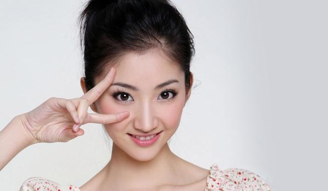 1988年7月21日生于陕西西安市,中国内地女演员,毕业于北京电影学院图片