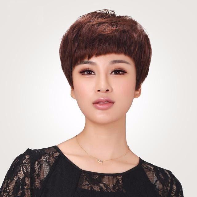 五十岁女人发型显年轻分享展示图片