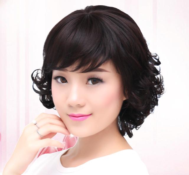 气质女人短发发型图片展示图片