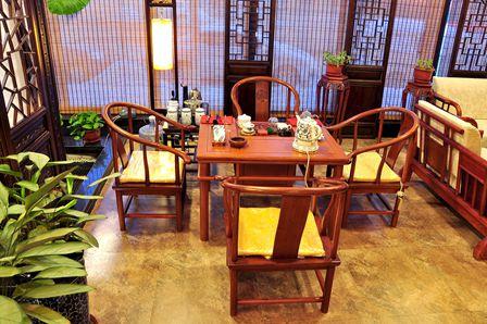 中式传统的经营环境,绿色健康的养生手法,专业周到的技师服务,这里是图片