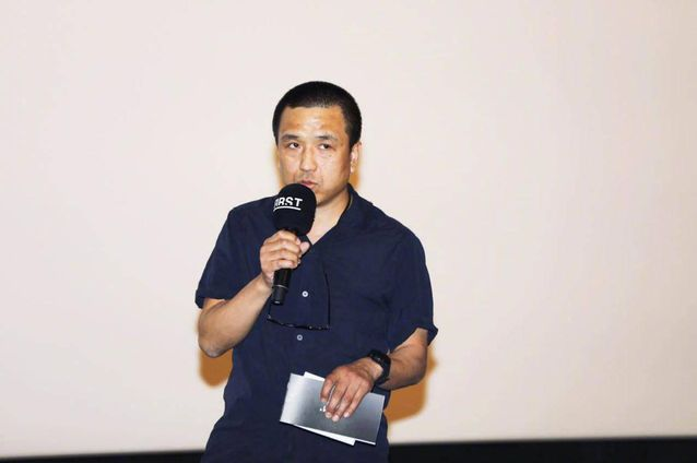 多次担任纪录片电影节评委的他早在1999年,就出任山形国际纪录片电