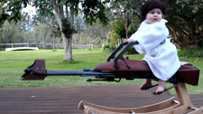 牛逼!科幻迷老爸给孩子做了个星球大战的坐骑