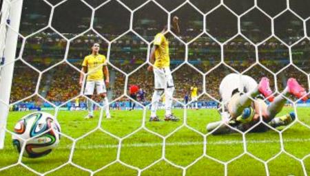 亚洲的耻辱!人类足球史上最臭名昭著进球