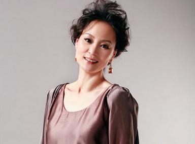 她是一代女神,比张柏芝清纯,比范冰冰漂亮