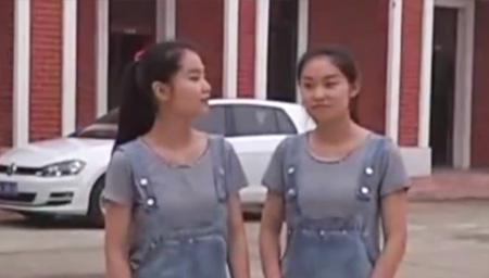 双胞胎美女同年中考
