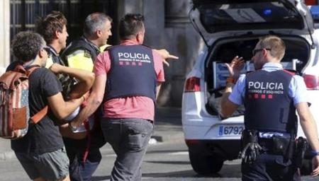 巴塞罗那恐袭已致13死80伤