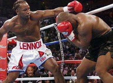 泰森生涯最难堪一战!看看刘易斯一拳有多狠