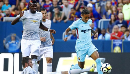 国际冠军杯:巴萨1-0力擒曼联 内马尔2战入3球