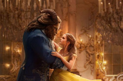 更上海 | 毒鸡汤!《美女与野兽》里公主爱的还是美男子!