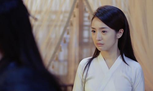 《小女花不弃》第15集精彩看点:不弃表白被莲衣客含泪拒绝