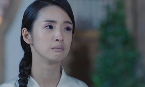 《小女花不弃》第16集精彩看点:不弃得知陈煜就是莲衣客伤心落泪