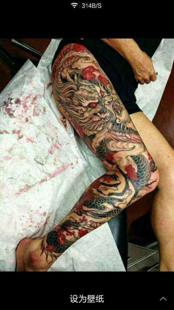 包腿龙纹身红眼刺青谁知道这是谁纹的在哪纹的图片