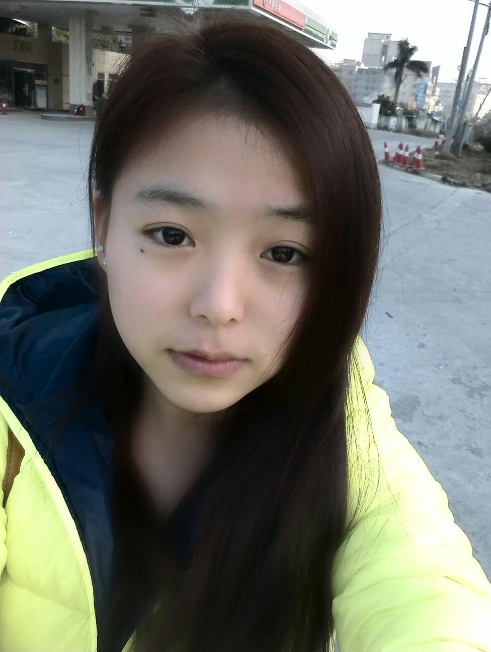 胖美女齐刘海分享展示图片图片