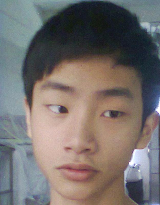 男生,高中生.;脸型较长,单眼皮高中多少收男生分图片