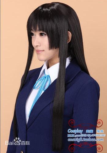 三刀平就是姬发式,发型的形象是后方留着长发,前方额上的刘海则在眼图片