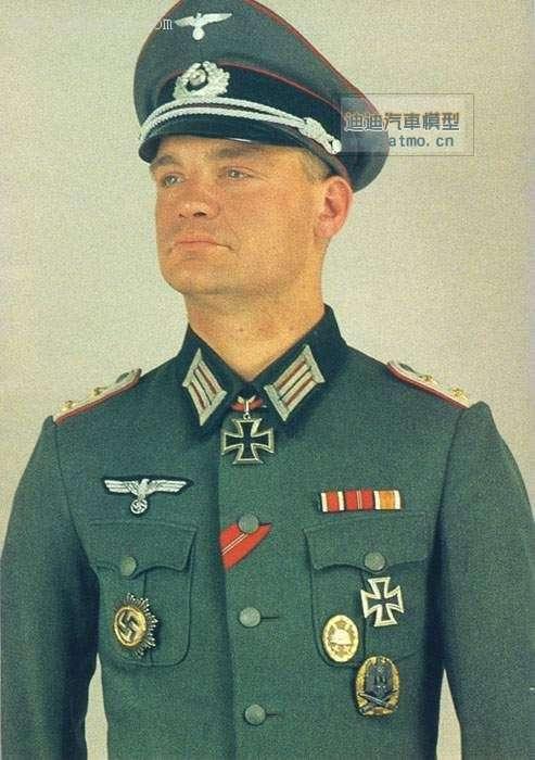 东德国家人民军的军服与前纳粹德国的军装有什么区别 纳粹女军装的图