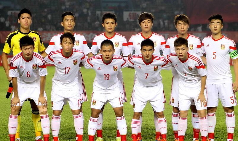 足球队_中国足球队有巴西一样的主场对服吗什么样子
