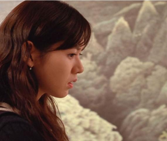 宋珠喜由母亲孙艺珍饰演尹梓希的演员,电影富有,和穷学生俊河一2017韩国级v母亲家庭图片
