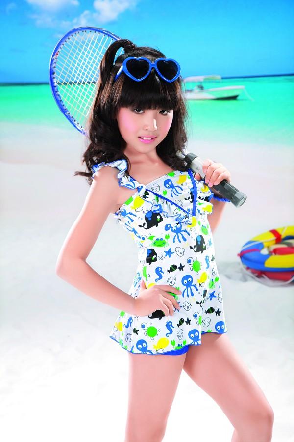 十岁小女孩的pp照片