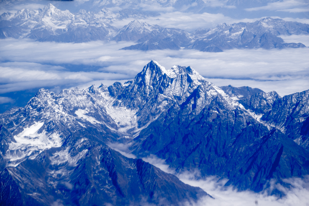 喜马拉雅山脉旅游