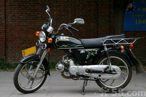 嘉陵70摩托车的空滤怎么换?