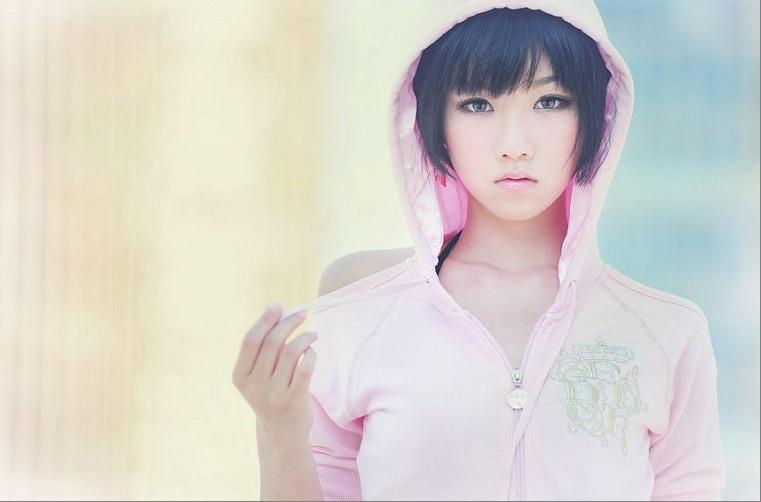 清纯美女的照片?15