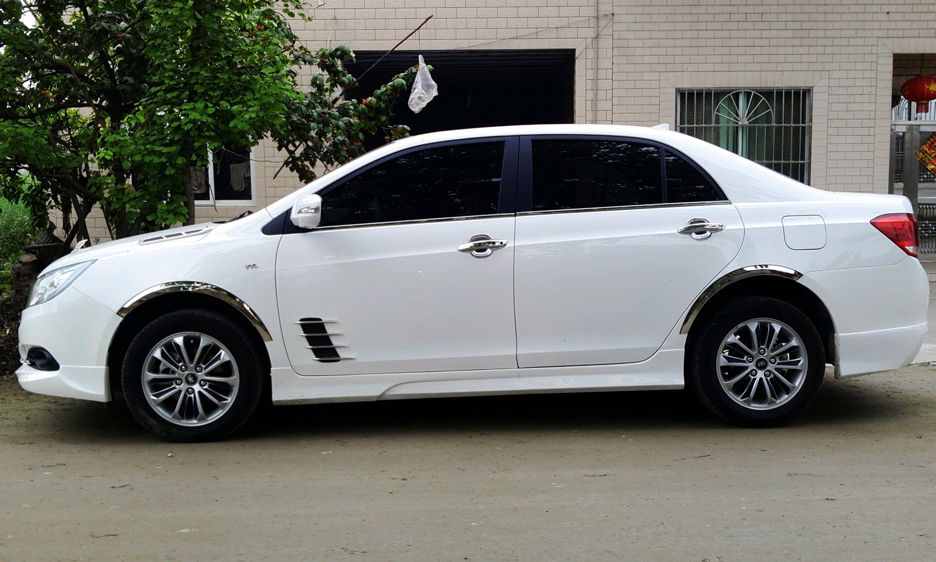求一张比亚迪速锐的外形改装车照片高清图片
