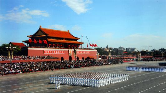 阅兵仪式_1954年国庆阅兵的是怎样的一场阅兵仪式?