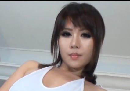 中国等哥有了钱dj 美女写真她叫什么名字?