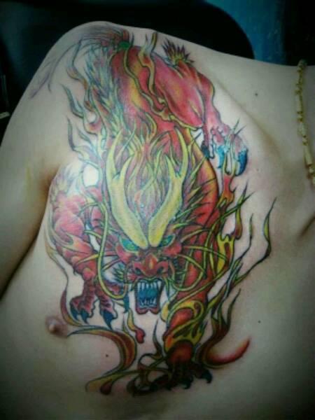 火麒麟胸口纹身 踏火麒麟纹身手稿 火麒麟手臂纹身手稿 女生性感胸口图片