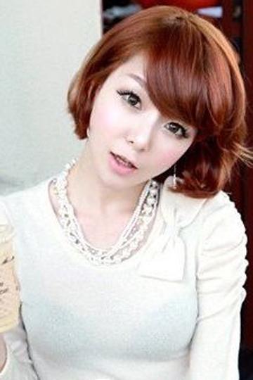 圆脸女生短发发型图片(4) 2 2013-11-18 圆脸适合什么发型 四款圆脸适图片