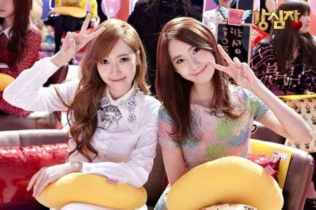 求郑秀妍和林允儿美图!图片
