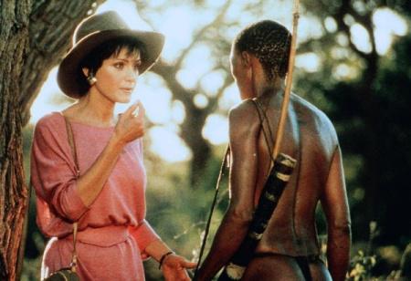 非洲动物的电影 有一对黑人父子救了一个女人