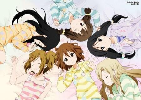 我想找一张q版动漫图片:上面是六个女孩,其中有一个是短发有谁提供一图片