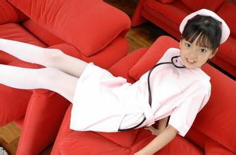 生穿白色丝袜 小女孩白色连裤袜 小女孩白袜相册 非诚女嘉宾现场脱袜