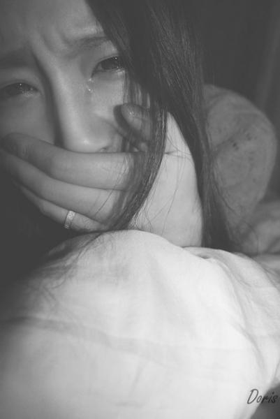 哭泣女生头像 越伤感越好