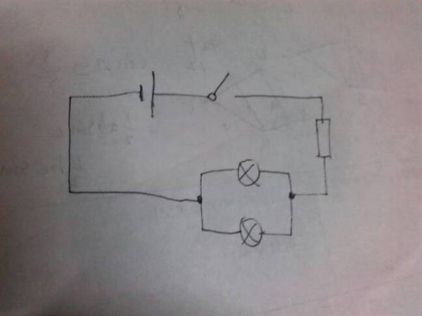 初三的电路图怎么画
